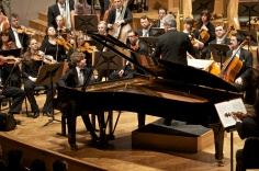 National Orchestra of Belgium (dir.: Christopher Warren-Green)
